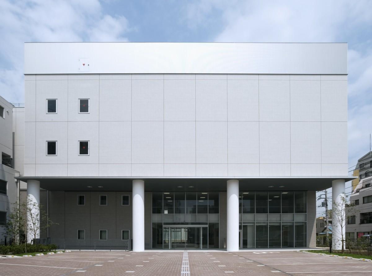 足立区リエゾンセンター(東京藝術大学千住キャンパス)