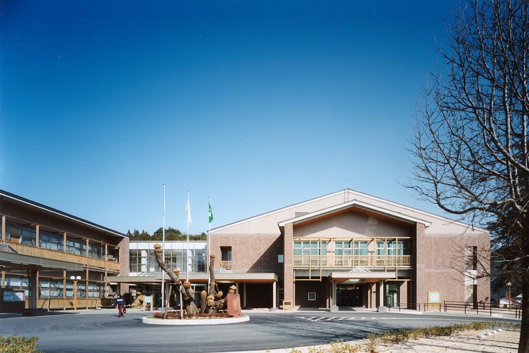黒木町役場庁舎