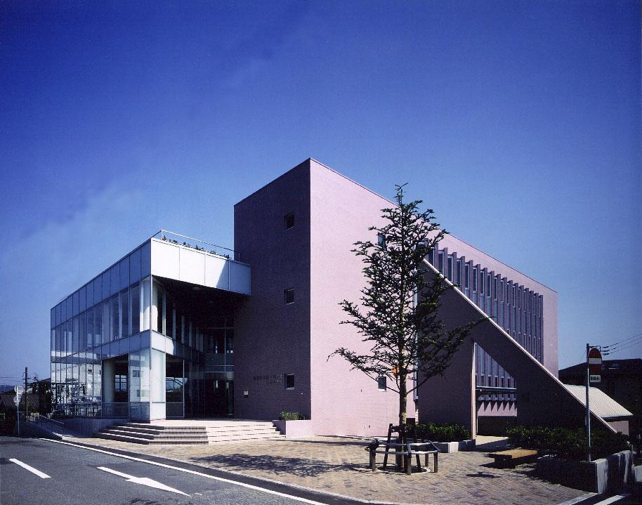 裾野市立鈴木図書館・東西公民館