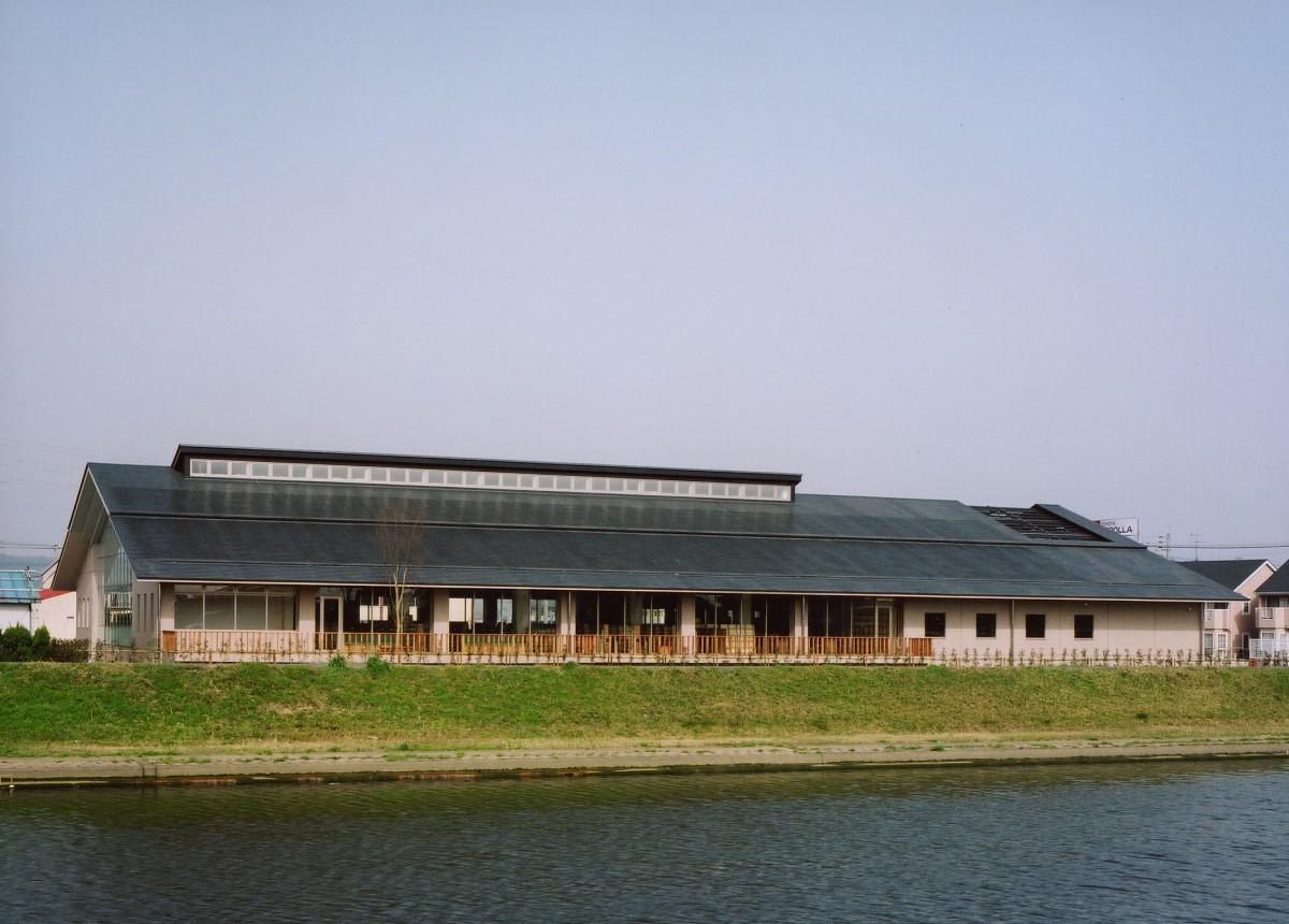 遠賀町立図書館