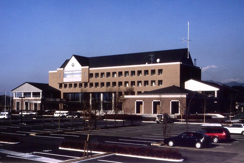 八郷町庁舎